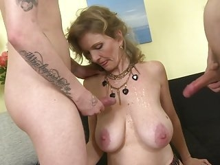extreme mature fuck face videos